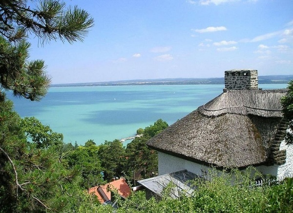 Uitzicht over Balatonmeer