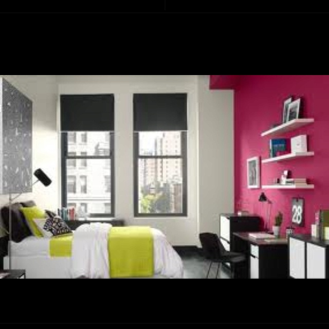 Love fuschia and lime green together possibility for for Fuschia bedroom ideas