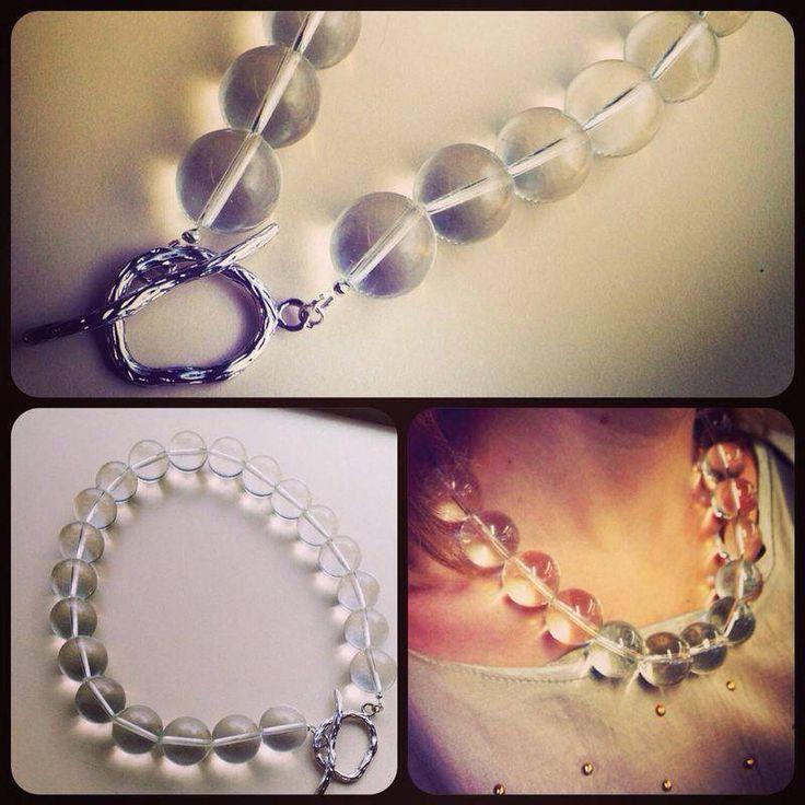 Колье ручной работы из стекла. Handmade glass necklace.