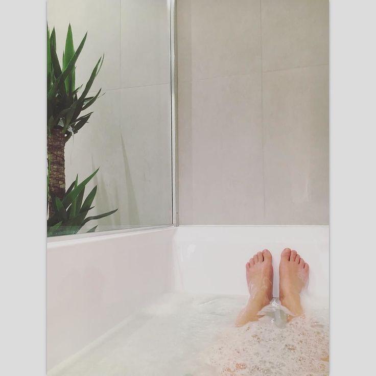 Gleder meg til å komme hjem til dette  #badetmitt #bad #badet #baderom #badetid #bathroom #interiør #interior125 #interior125 #interiør123 #mitthjem #myhome #hjemmespa #hjemlengsel #nordiskehjem #skandinaviskehjem #homesweethome by trinemei