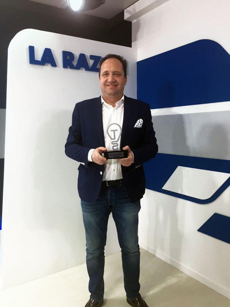 """🏆 GRAPHENSTONE LA RAZÓN """"2017 Innovation Solution for Construction"""" AWARDS The Development State Secretary and the President of La Razón grant to Graphenstone the 2017 Innovation Solution for Construction Award at the gala held yesterday in Madrid (Spain). Once again, the research and development work is recognized within the technology sector and the ecological solutions for construction. #Graphenstone #Awards #Technology #LaRazon #EcoBuilding #EcoSolutions"""