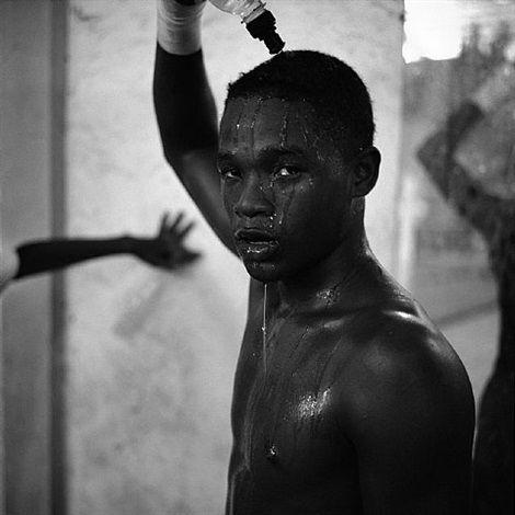 Jeune boxeur, Barranquilla, Colombie, 2009 von Philippe Guionie