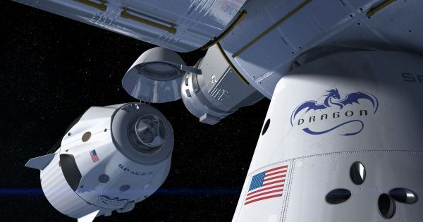Both SpaceX and Boeing Are on Track to Launch Astronauts Into Space in 2018