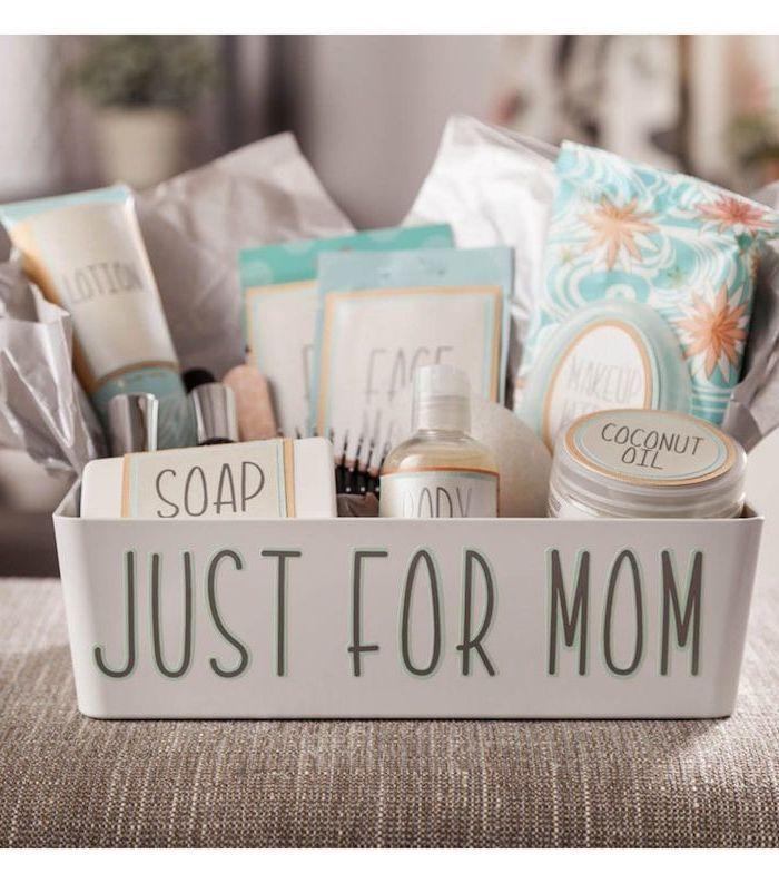 1001 Ideas De Regalos Para Embarazadas Originales Y Chulos Regalos Para Embarazadas Kit De Supervivencia Para Madres Cestas De Regalo Para Bebés