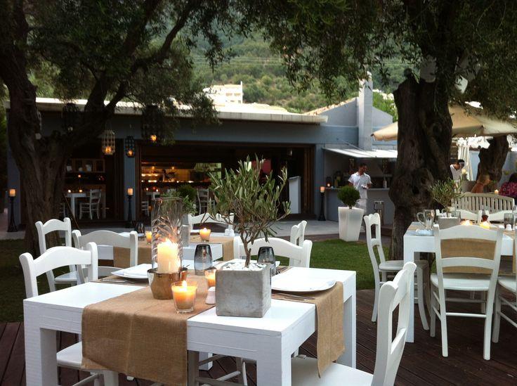 Piedra del Mar is a beautiful beach restaurant in Barbati, Corfu.   www.piedradelmar.gr/