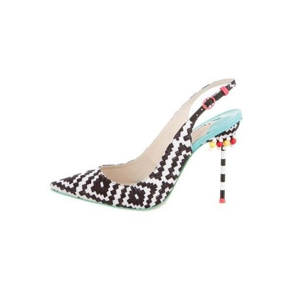 Pre-Owned Sophia Webster Tyra Aztec Pumps ($399) ❤ liked on Polyvore featuring shoes, pumps, black, black shoes, woven shoes, pointed toe shoes, embellished shoes and aztec shoes