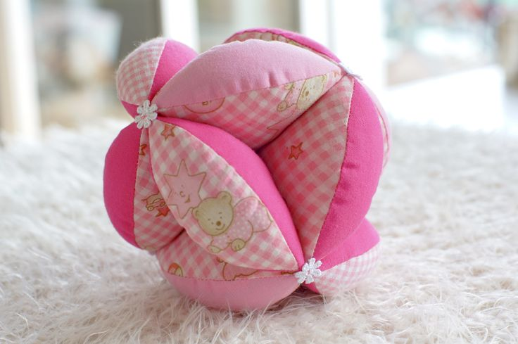 DIY Stoffball für Babys