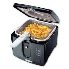 Frituurpan vies? Leeg de frituurpan en vul hem met water. Zet hem op 190 graden en doe er een vaatwastablet in, even laten koken en klaar! Meer tips? www.hulpstudent.nl