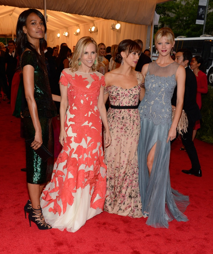 Liya Kebede, Tory Burch, Rashida Jones and Brooklyn Decker all in Tory Burch at the MET GALA 2012!