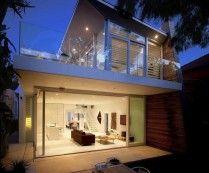 Modern Kerr Beach House in Sydney, Australia
