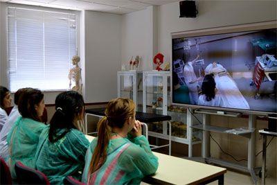 La UCAV celebra el Día Mundial contra el Cáncer mediante la formación de profesionales en enfermería oncológica http://revcyl.com/www/index.php/educacion/item/5380-la-ucav-celebra-el-d%C3%ADa-mundial-contra-el-c%C3%A1ncer-mediante-la-formaci%C3%B3n-de-profesionales-en-enfermer%C3%ADa-oncol%C3%B3gica