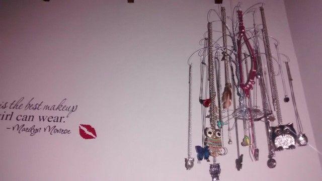 Mi móvil de collares, árbol organizador de collares. Jewerly holder organizer.
