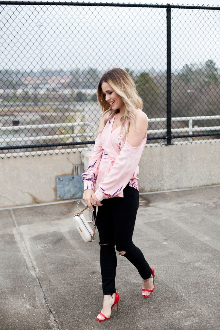 Casual Valentine's Day Outfit | flirty top | Yumi Kim Love Struck Top | Skinny jeans | Gucci mini camera bag | Uptown with Elly Brown