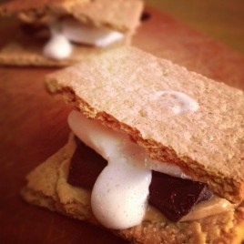Peanut butter s'mores. | Feed me. | Pinterest