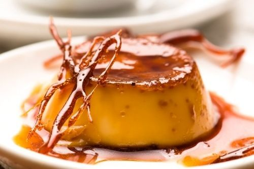 Easy-to-make Panamanian caramel flan will make you drool! (RECIPE) | ¿Qué Más?