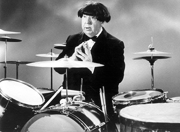 1964: Alfred Hitchcock in a Beatles wig