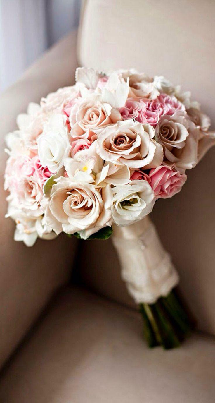 Wiązanka ślubna z róż. Cudo.