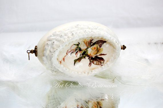 Real goose egg concave with a rose.  Made by hand by Bettineum, $50.00