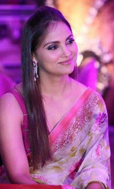 Lara Dutta in Saree