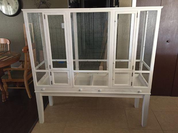 Cara's Flight Cage