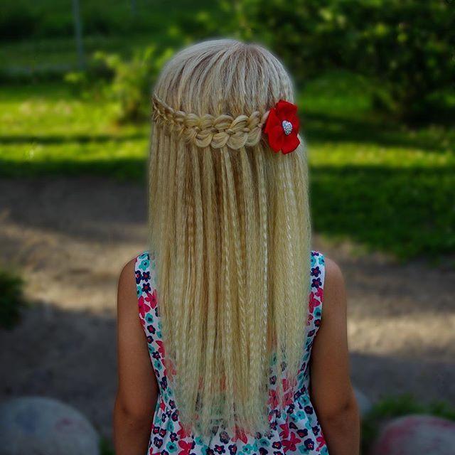 Four strand waterfall braid in micro crimped hair  .  Beautful bow from @tuppene 🎀 .  .  .  .  .  #braid #braids #braided #braiding #braidideas #braidsforgirls #flette #peinado #tresse #trenza #pelo #hair #hairdo #hairstyle #hairstyles #hairideas #hairinspo #hairofinstagram #hairoftheday #hår #blondehair #cute #waterfallbraid #cghphotofeature #halfupdo #sommer #nrksommer