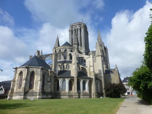 L'église Saint-Pierre de Coutances , Manche