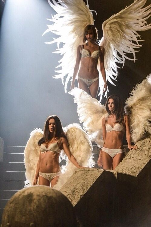 Victoria's Secret Holiday Commercial 2013. Karlie Kloss, Adriana Lima and Lily Aldridge