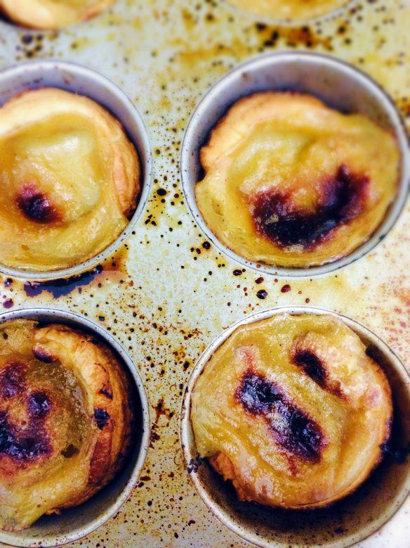 Vegan Portuguese Custard Tarts (Pastéis de Nata)