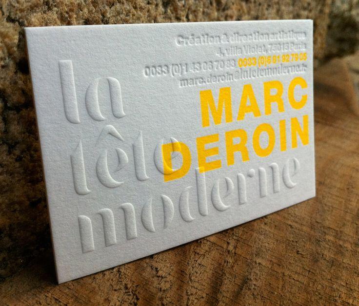 Carte de visite La Tête Moderne - Réalisations - Badcass Impression carte de visite 8,5 x 5,5 cm, impression fluo + gaufrage + débossage pur R°sur papier duplex 300g. Design par la Tête Moderne