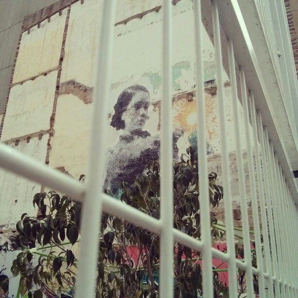 Street art in Barcelona, barrio de Gracia.