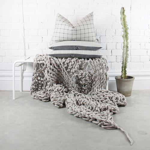 Jennifer + Smith Mute Collection | Featuring throw by Little Dandelion | www.jenniferandsmith.com