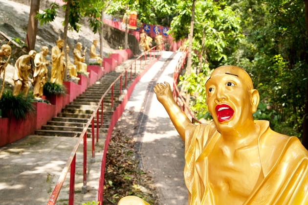 Ten Thousand Buddhas Monastery >> Don't be fooled by the name. This temple actually contains closer to 13,000 statues of Buddha – you can attempt to count them if you like on a visit to the elaborate site in Sha Tin.