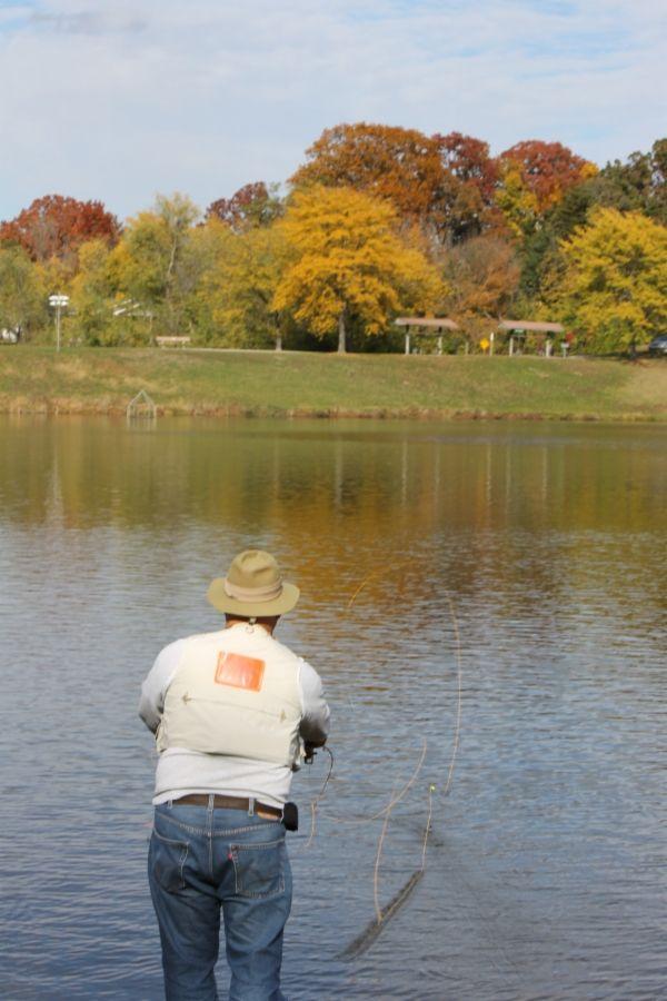 Mckay Park Fishing 1700 Southridge Drive In Jefferson City Mo