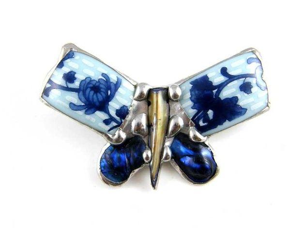 Broszka: Motyl z niebieską ceramiką - Patrycja-Baran - Broszki