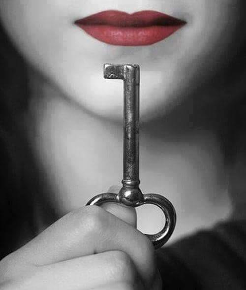 Yalan tohumdur, Bire kırk verir. Verdiği kırkın her biri de bir tohumdur ki, Bire kırk verir.. - Kızılderili Sözü #sözler #anlamlısözler #güzelsözler #manalısözler #özlüsözler #alıntı #alıntılar #alıntıdır #alıntısözler #şiir