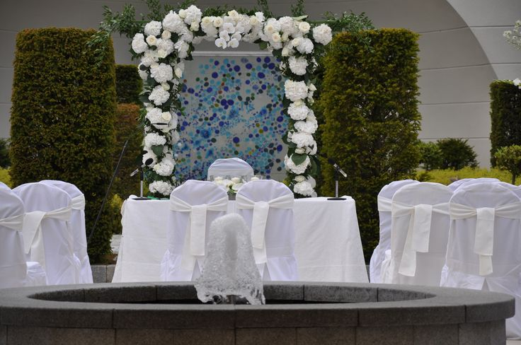Outdoor Civil Ceremony in The Secret Garden at Powerscourt Hotel. Visit www.gotchacovered.ie for more