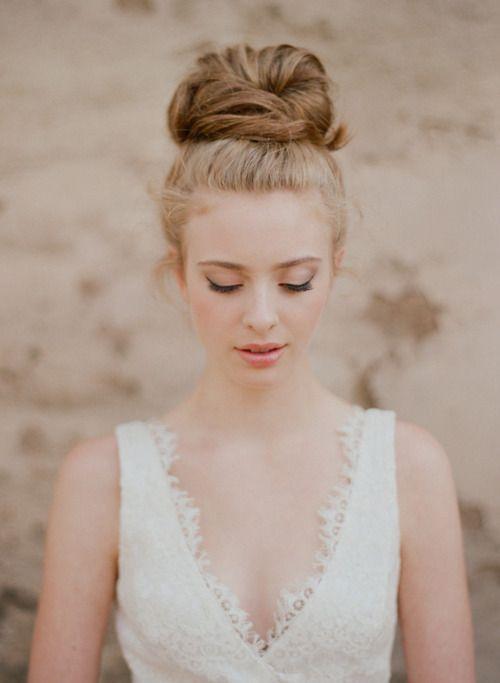 hair + dress detail = amazing!