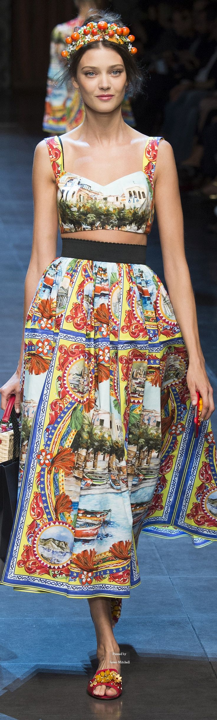 Dolce & Gabbana Collection Spring 2016 Ready-to-Wear