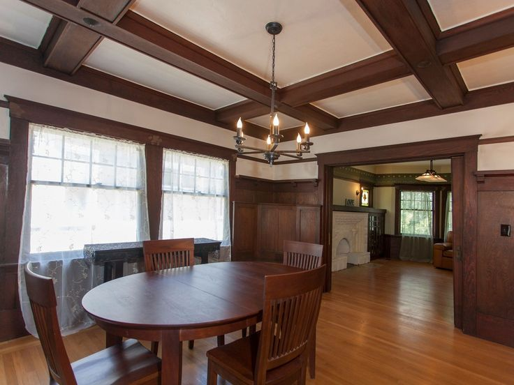Craftsman Dining Room With Wood Table Hardwood Floors Crown Molding Extra Wide