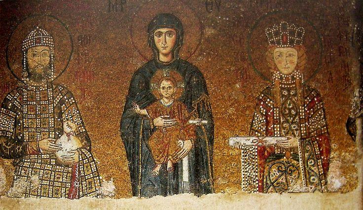 Konstantinápoly, Hagia Szóphia D-i emporiumának mozaikjai, 1118: Trónoló Istenszülő a gyermek Jézussal, II. Joannész Komnénosz és felesége Eiréné (Piroska)