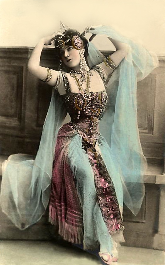 Costume inspiration for Psyfari 2014... I'm thinking along the lines of a Gypsy Goddess. And I think my Dad has bought me the perfect accessories for this one #gypsy #goddess #whimsical