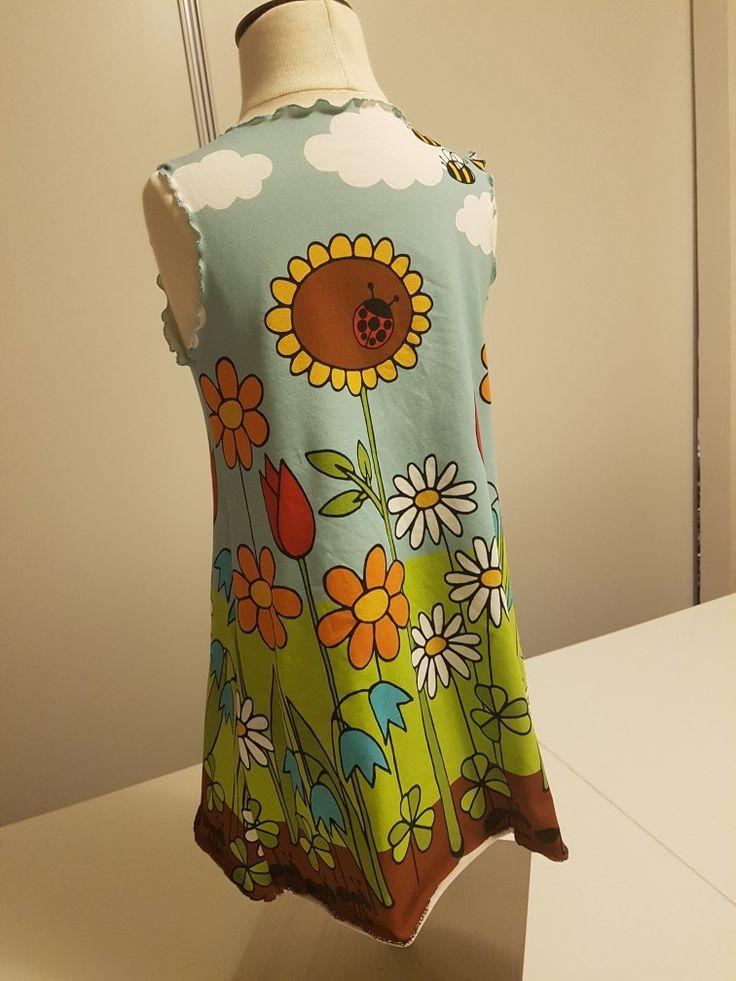 Meadow trikoosta mekko