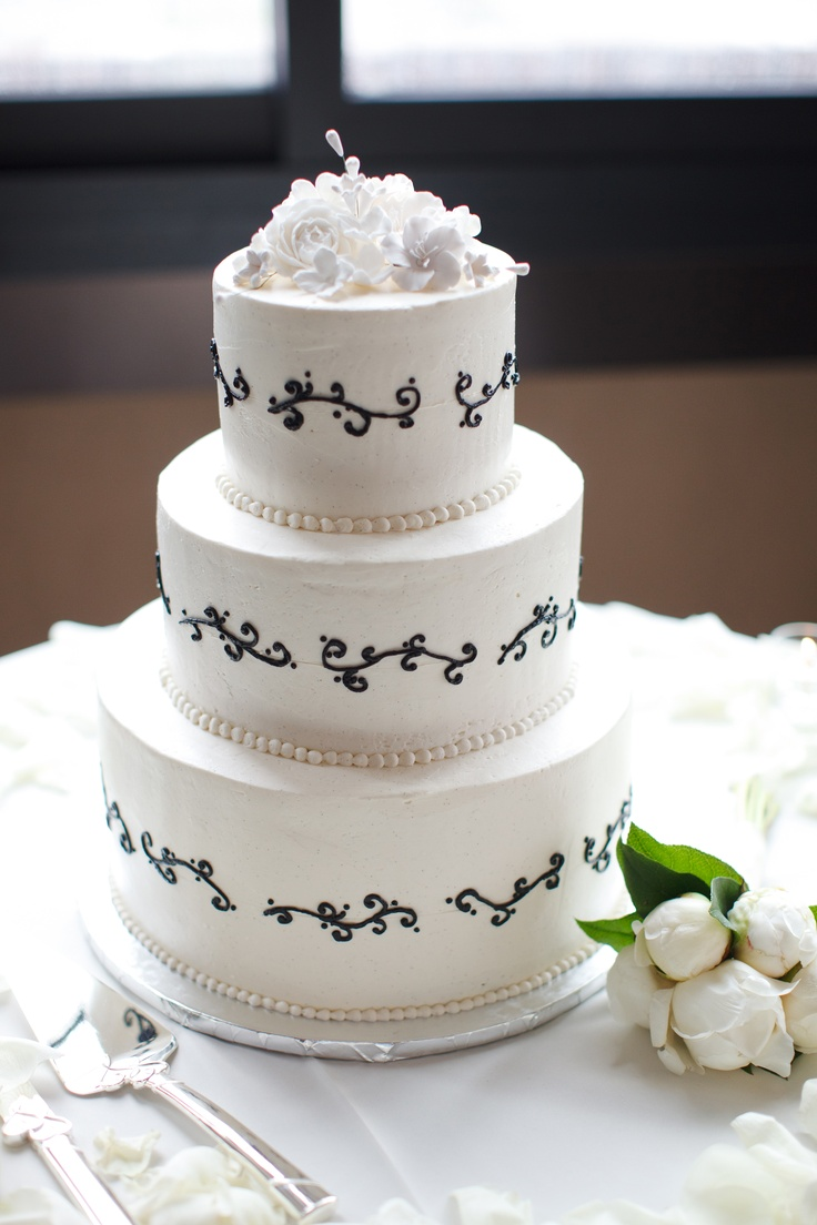 14 best kim wedding images on pinterest marriage buttercream simple elegant black and white buttercream wedding cake with white sugar flowers dhlflorist Image collections