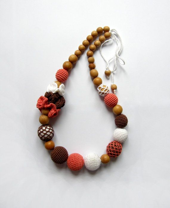 Sale! Organic Coral-Brown-White Nursing necklace - Crochet Necklace - Teething necklace - Breastfeeding Necklace - Gift for Babywearing Moms