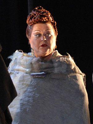 ♫ Mara #Zampieri, Italian Soprano made her debut at Teatro Fraschini of Pavia in 1972 I pagliacci by Ruggero #Leoncavallo. In #StreamOpera's catalogue in Salome by Richard #Strauss ♫