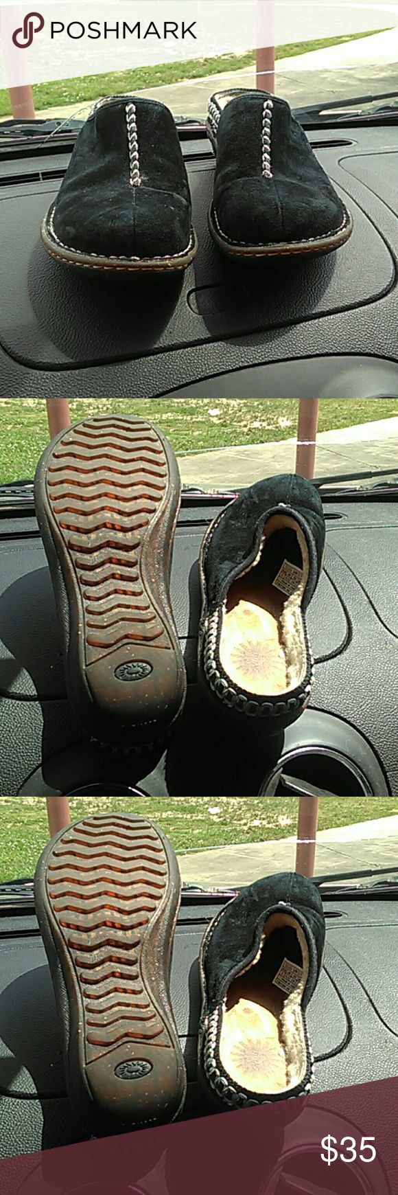 Ugg slip on mules clogs black size 8 Good condition.  Could use some brushing off and cleaning up with ugg cleaning kit.    Shoes do not smell. Cleaning Kit not included. UGG Shoes Mules & Clogs