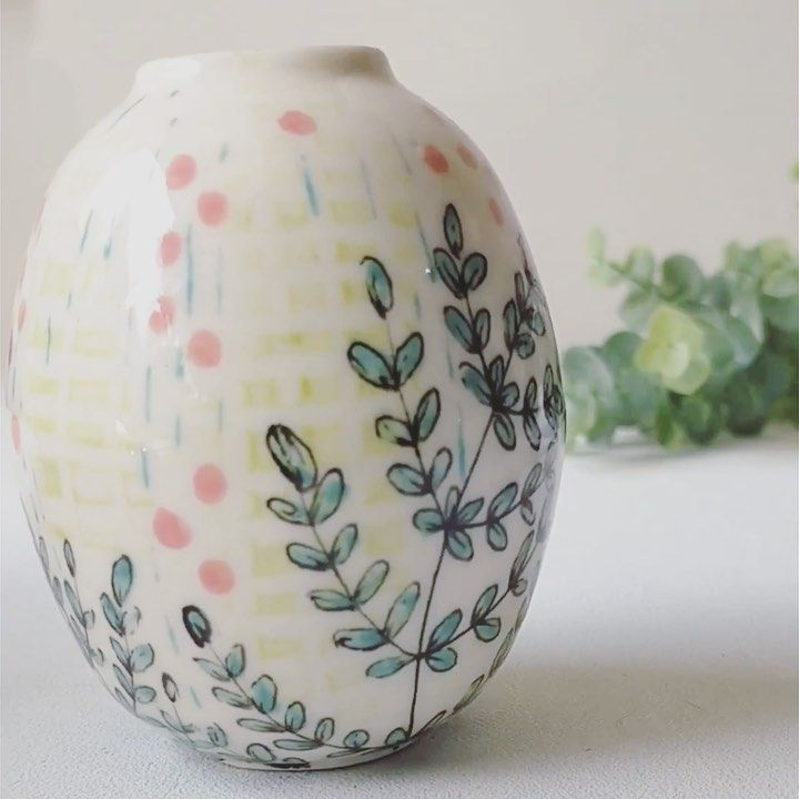 Yesha Panchal Ceramics On Instagram Before And After The Glaze Firing I Feel Like When I Work On Small Things It Actually Allows M In 2020 Ceramics Glaze Instagram