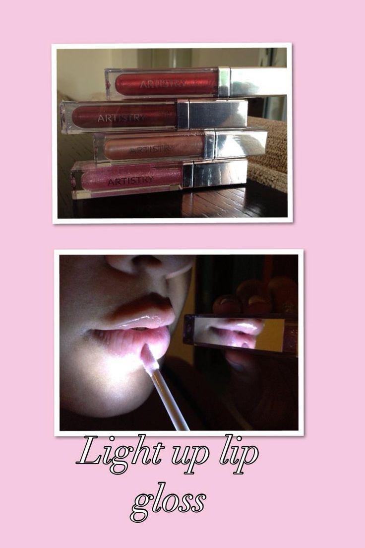 Especial de lip gloss con espejo y luz integrada a $15 c.u. ¡Te va a encantar! 4 colores a escoger. Especial hasta el 31 de julio de 2013 o mientras duren.