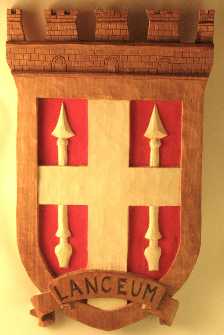 Arms of Lanzo 2007, lime wood     52 x 31 cm, Sim woodcarving