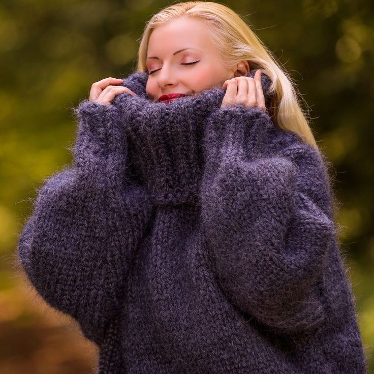 4 KG Hand Knit Mohair THICK BLUISH GRAY GRAPHITE SWEATER SUPERTANYA, 10 strands #SUPERTANYA #TurtleneckMock